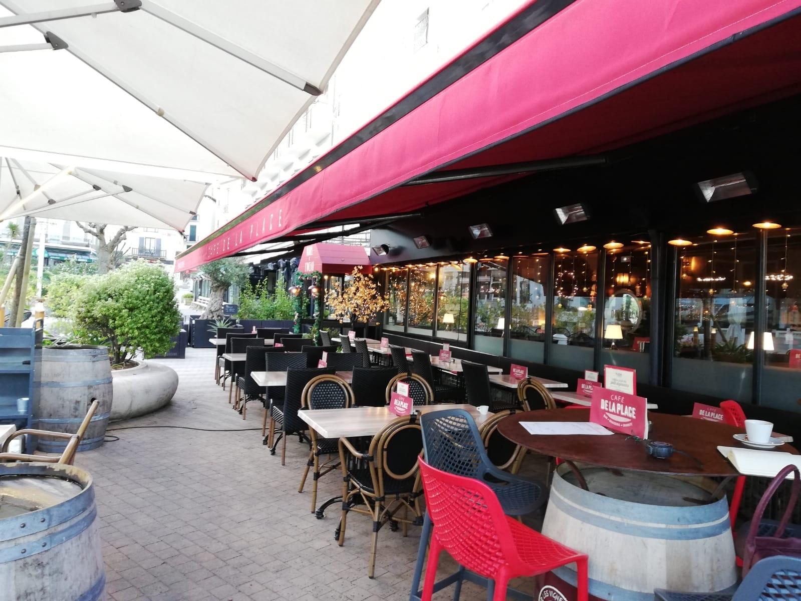 store-extérieur-terasse-restaurant-biarritz